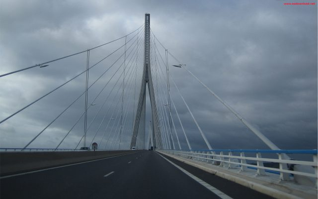 Millau Bridge wallpaper (15)