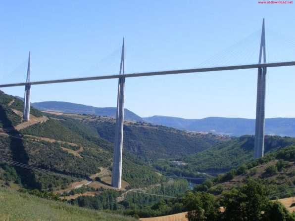 Millau Bridge wallpaper (17)