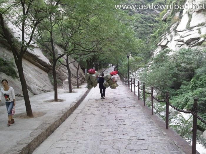 Mount-Huashan Danger Trail in world (17)