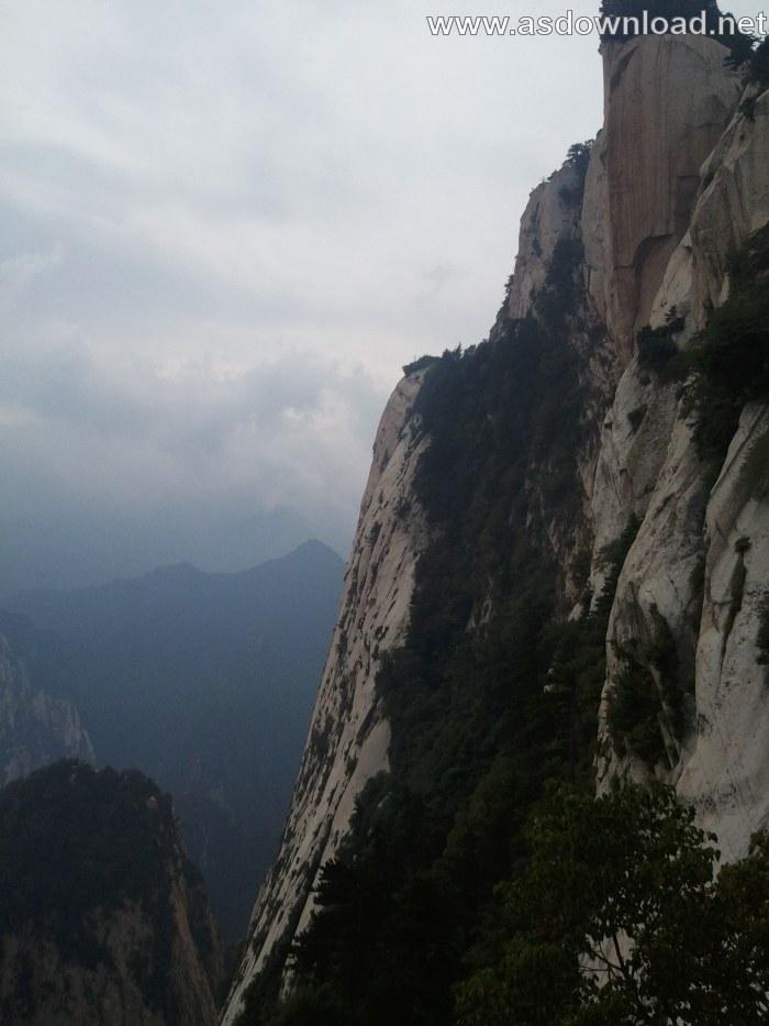 Mount-Huashan Danger Trail in world (18)