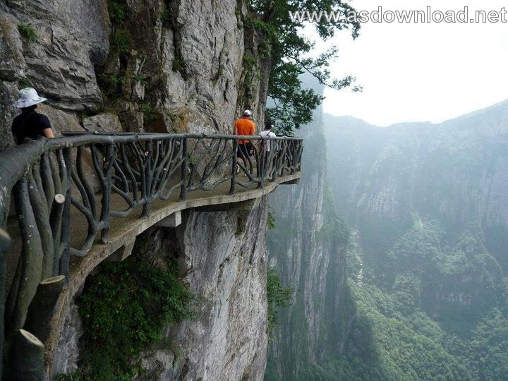 Mount-Huashan Danger Trail in world (21)