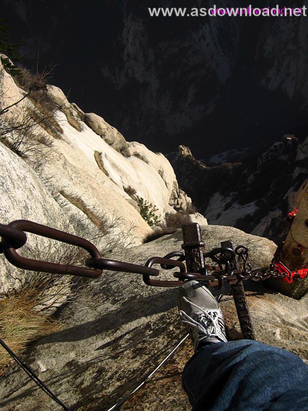 Mount-Huashan Danger Trail in world (24)