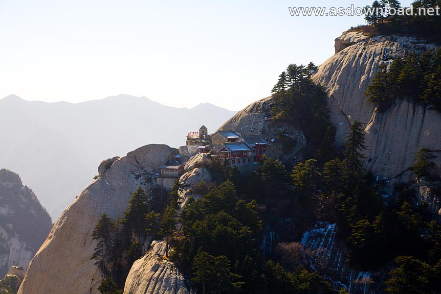 Mount-Huashan Danger Trail in world (50)