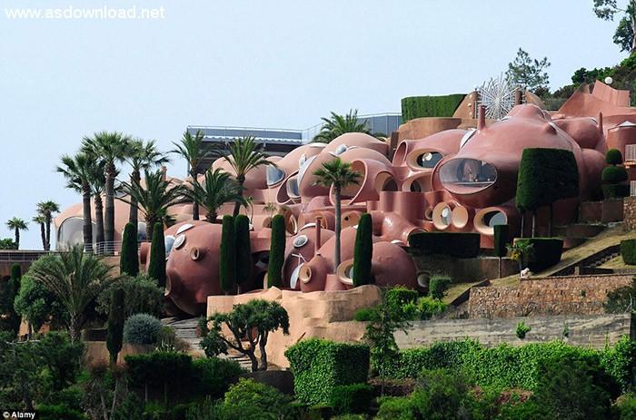 قصر حبابها در فرانسه