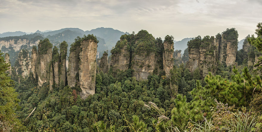 The Five Fingers Peak Of Huangshizhai