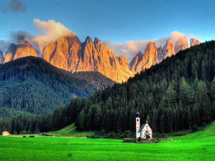 Villnöß در جنوب Tyrol