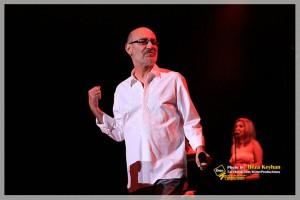 siavash ghomayshi 8 300x200 دانلود کامل آلبوم های سیاوش قمیشی